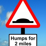 Warning triangle, Distance over which road humps extend